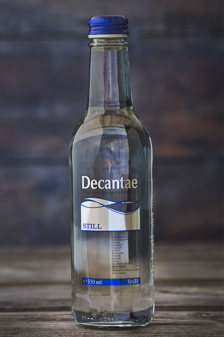Decantae Water